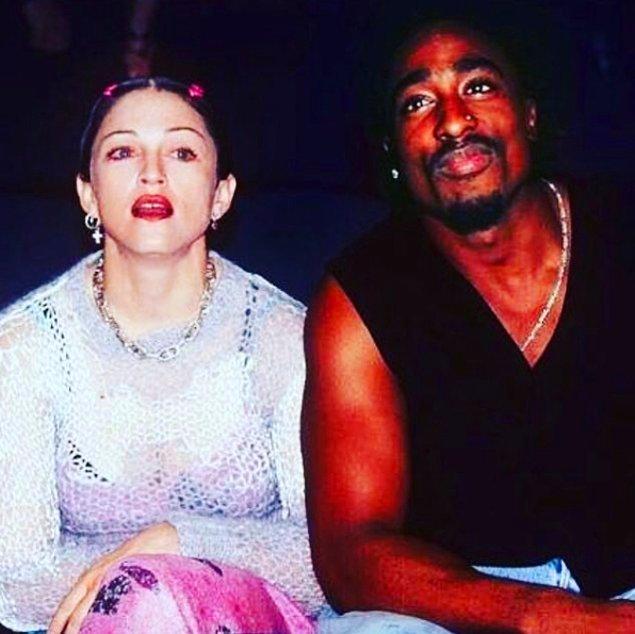 Madonna, verdiği bir röportajda bir dönem Tupac'la birlikte olduklarını kabul ederek, onlarca yıllık dedikoduyu doğrulamıştı. 🤗