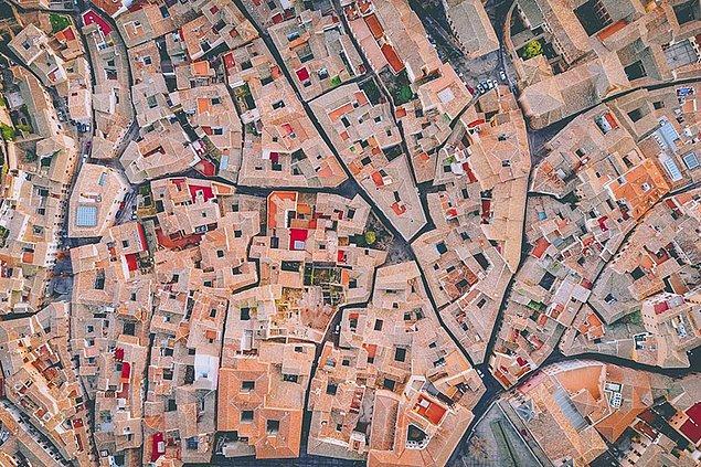 7. İspanyol Labirenti, İspanya (Şehir, Finalist)
