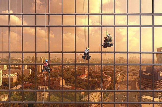 9. Mercury Tower'da Şafak Vakti, Rusya (Şehir, 2. Sırada)