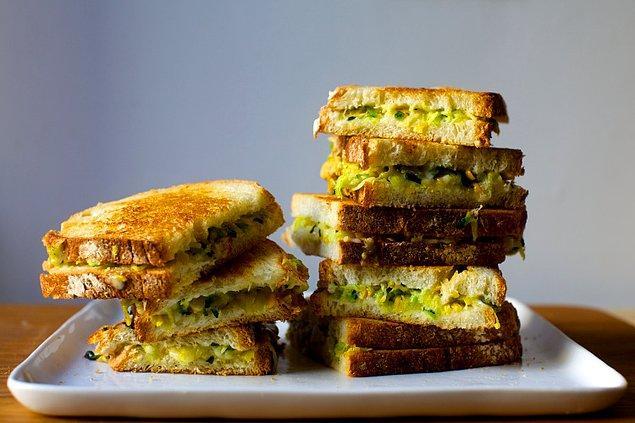 3. Kabaklı tostu denemiş miydiniz?