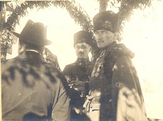 Sonraki yıllarda da görevine devam eden Tevfik Paşa, 1 Kasım 1922'de saltanatın kaldırılmasından kısa bir süre sonra istifa etti.