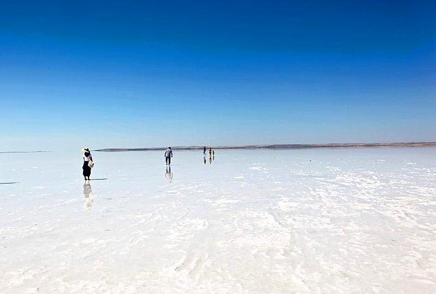 10) Tuz Gölü'nün hangi ilimize kıyısı yoktur?