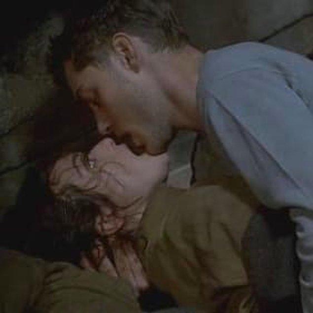 14. Kapıdaki Düşman (2001)