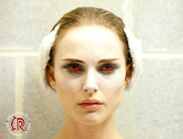 """23. Natalie Portman'ın """"Black Swan"""" makyajlarından"""