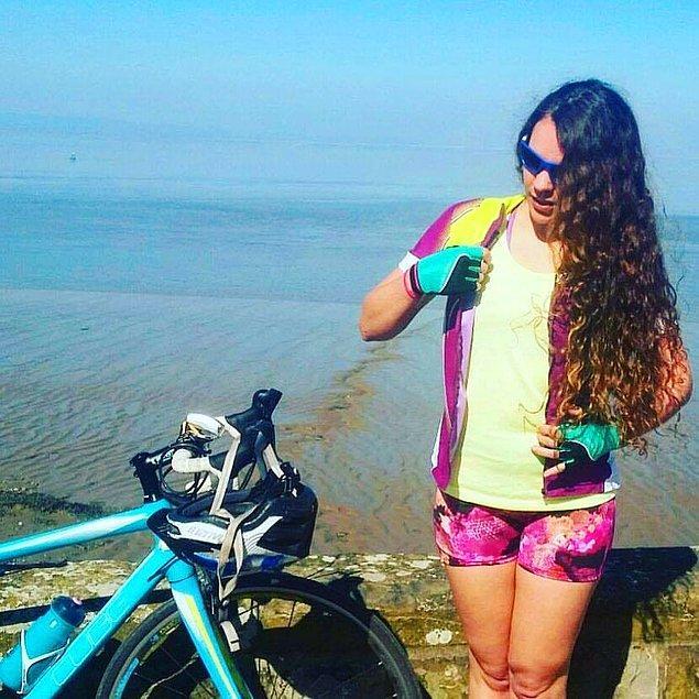 Jenni, bisikletini geri alabileceği konusunda pek de umutlu olmasa da Bristol Cycling Facebook grubunda bisikletin fotoğrafını içeren bir gönderi paylaştı.