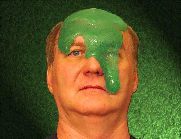 7. Vücudunuzda enfeksiyon başlamışsa sümüğünüz sarıdan yeşile değişen bir renk alır.
