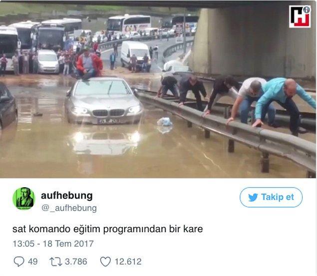 1. Şiddetli Yağmurun Esir Aldığı İstanbul'u Mizahlarıyla Şenlendiren Yağmurzedeler