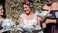 Такого букета больше ни у кого нет: Невеста выбрала для свадьбы пончики вместо цветов