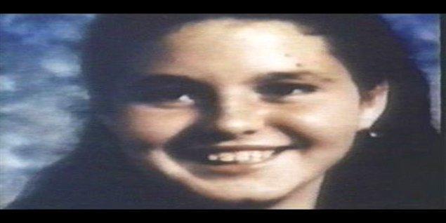 Henry'nin Ottis'in yeğeni Becky ile ilişkisi vardı. Bir gece tartışmaları sonucunda kızı öldürüp cesedine tecavüz etti.