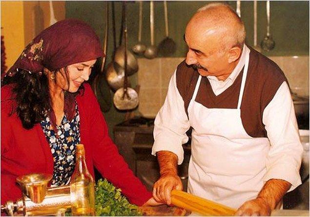 İkinci Bahar adlı dizide Türkan Şoray'la başrolü paylaştı.