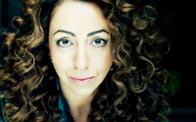 Tam adı Hasibe Özlem Eren olan muhteşem oyuncu 6 Haziran 1975, Almanya doğumlu. Bu şahane kadın 42 yaşında!