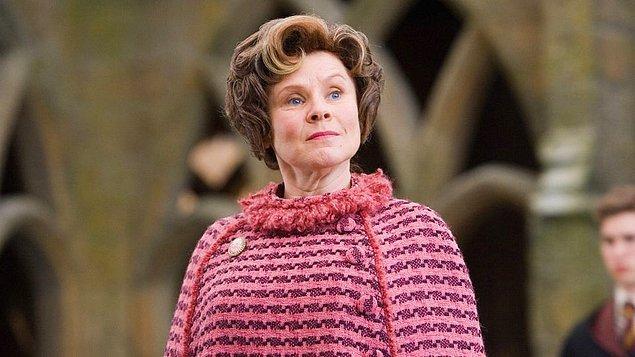 6. Stephen King'e göre Harry Potter'dan Dolores Umbridge, Hannibal Lecter'dan bu yana üretilmiş en iyi kötü karakter.