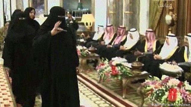 4. 2013: Şura'daki ilk kadınlar