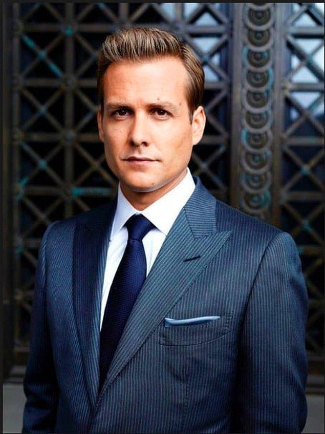 Harvey Specter çıktı!