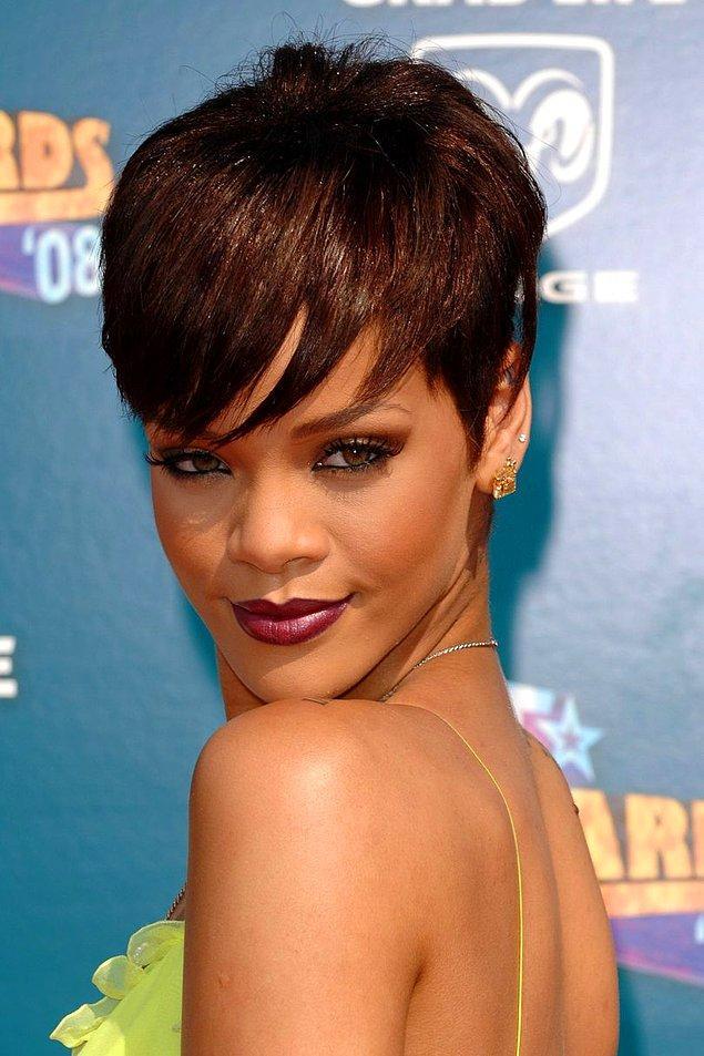 Haziran 2008'de saç boyunu biraz daha kısaltarak BET Ödülleri'ne yeni saç stiliyle damgasını vurdu.