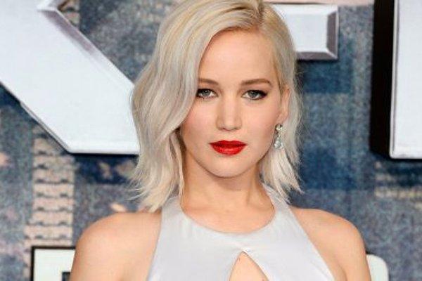 10 невероятно богатых голливудских звёзд, которые предпочитают экономить