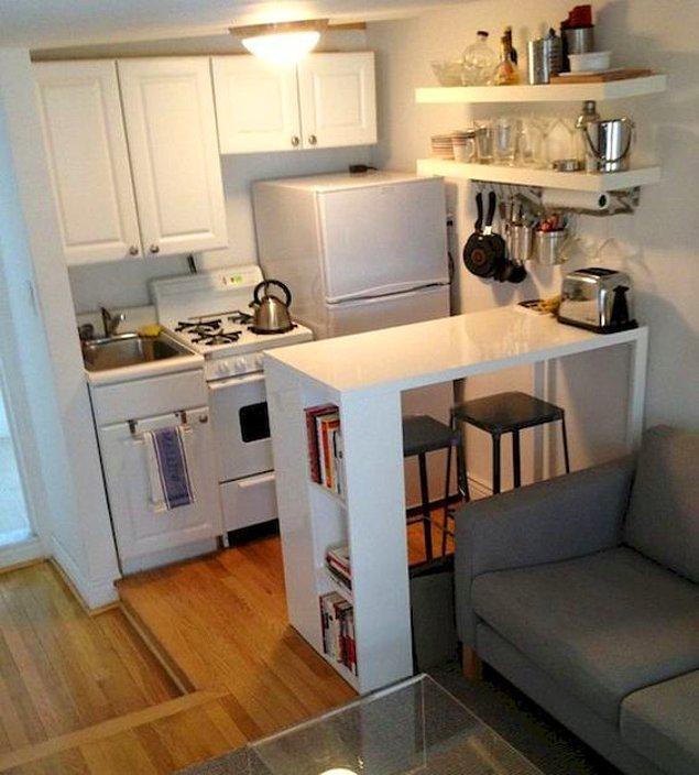 9. Dar ve uzun mobilyalar tercih edin.