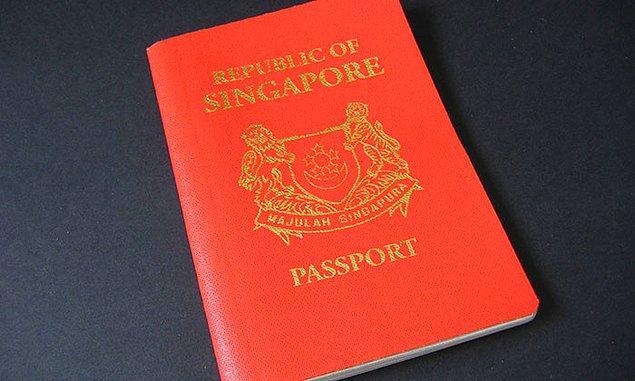 Bu durumda 3.4 milyon Singapur vatandaşı dünyanın 159 ülkesine vizesiz ya da kapıda vize alarak kolayca seyahat edebiliyor.