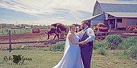 19 свадебных снимков с фотобомбами, от которых молодожены смеялись до слез