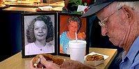 Бессмертная любовь! 93-летний дедушка не может даже есть без фотографии своей покойной жены