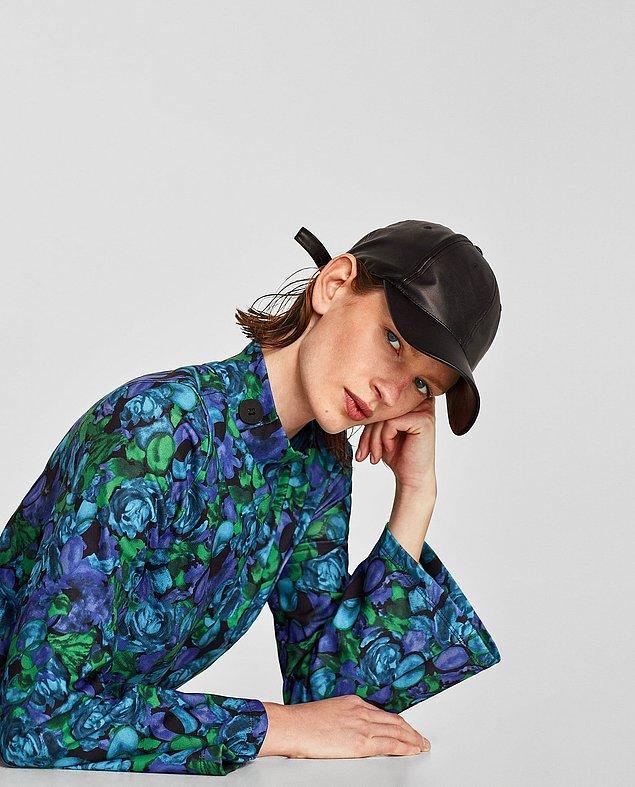 Zara marka elbisesinin fiyatı 99,95 TL.