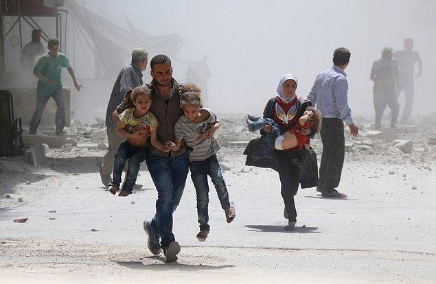 11. Suriye'de ''çatışmazlık bölgeri''ne saldırılar. 📷 Alaa Mohammad