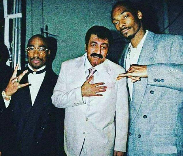 8. Baba, Tupac, Snoop Dogg