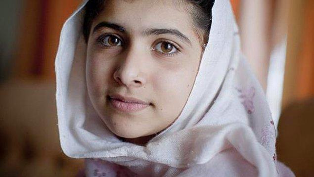 İşte tam da o günlerde, Malala bir karar verdi; okuyacaktı ve hatta kendisi gibi olan tüm kız çocuklarının da okumalarını sağlayacaktı.