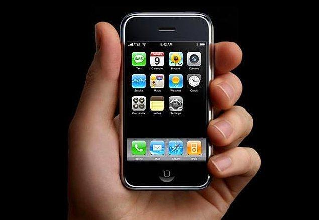 iPhone dünyayı değiştirmeye 2007 yılının başında başladı.