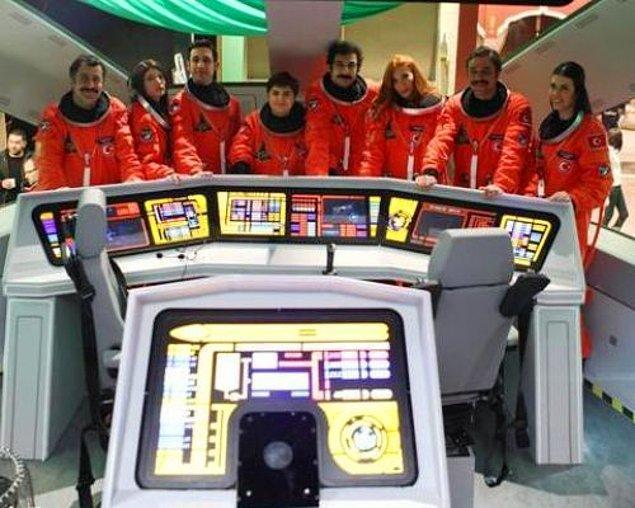 """7. NASA, başka bir uzay aracındaki astronotlardan, kendi astronotlarına gelen ilk mesajı çözdü: """"ŞAFAK KAÇ?"""""""