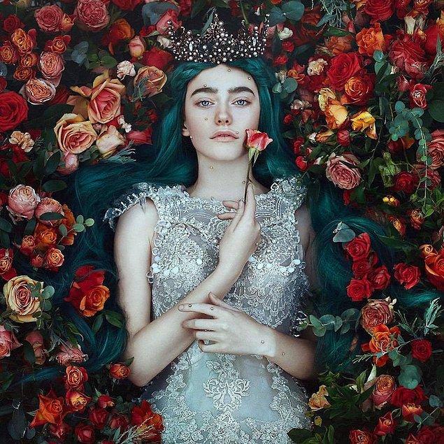 9. Güzelim çiçeklerin arasında