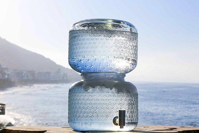 İşlenmemiş su genel anlamda hiçbir işlem görmemiş, arıtılmamış su olarak tanımlanıyor.