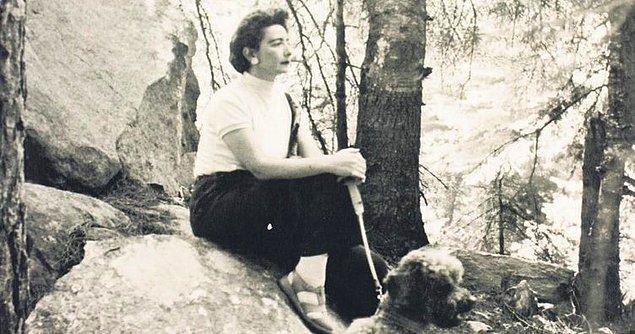 Genç yaşta yaptığı ilk evliliğinde 2 çocuğunu kaybeden Füreya Hanım bundan sonra çok zor günler geçirdi.