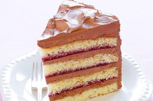8. Mükemmel kek tarifini yakalamakta zorlanıyor musunuz? Şeker miktarı eşittir un, yumurta miktarı eşittir yağ formülünü unutmayın.