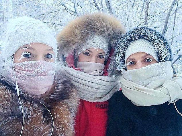 Siberian Times gazetesine göre bu yıl gelen soğuk köydeki termometreyi bozdu.