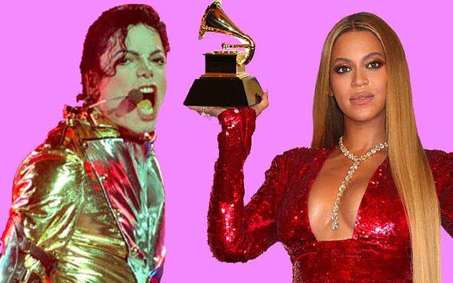 7. Beyoncé, şarkıcı olmak istediğine 5 yaşındayken gittiği Michael Jackson konserinde karar verdi. 👏