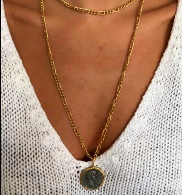Siyah gold madalyon pendant