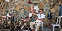 Всегда на стиле: 25 поразительных фото барбершопов на улицах Камбоджи, где бедность - не повод ходить неподстриженным