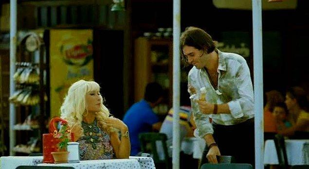 2005'te Mahsun Kırmızıgül ve Beren Saat'le Aşka Sürgün'de rol aldıktan sonra Aslı Tandoğan ve Beste Bereket'le Kraft Dublaj Stüdyosu'nu kurdu. Herkes tarafından tanınması ise Ata Demirer ve Demet Akbağ'la birlikte rol aldığı Eyyvah Eyvah filmiyle gerçekleşti. Arjantinli olması nedeniyle İspanyol karakterine can verdi, ne kadar da güzel yaptı…
