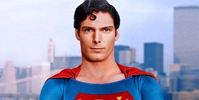 5. Geçirdiği kazanın ardından felçli kalan Christopher Reeve intihar etmeyi düşünmüş.