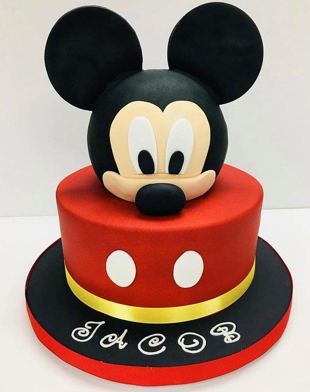 Peki ya bu Mickey? O mükemmelliğin somut hali.