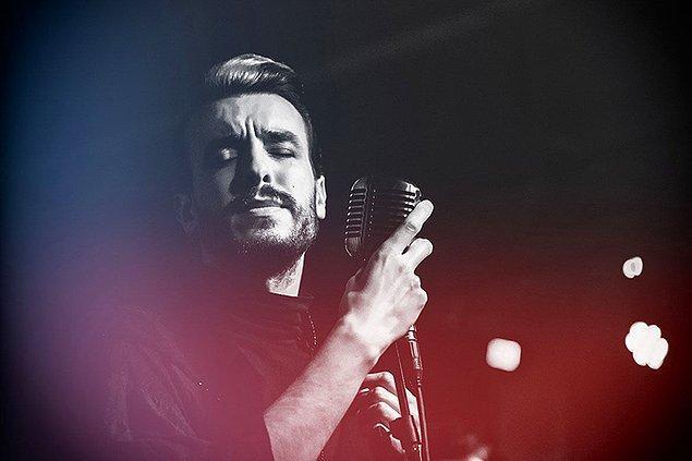 1) Konser varmış gidelim diyenler buraya! Cem Adrian 23 Şubat Cuma gecesi Jolly Joker Ankara'da.