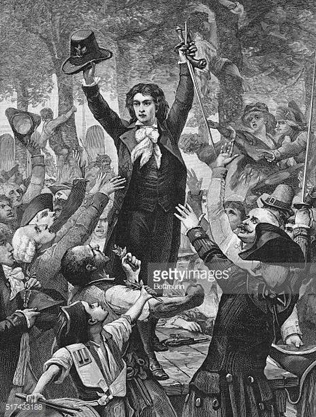 Hareketin kıvılcımları Camille Desmoulins adlı bir gazetecinin attığı nutukla alevlendi.
