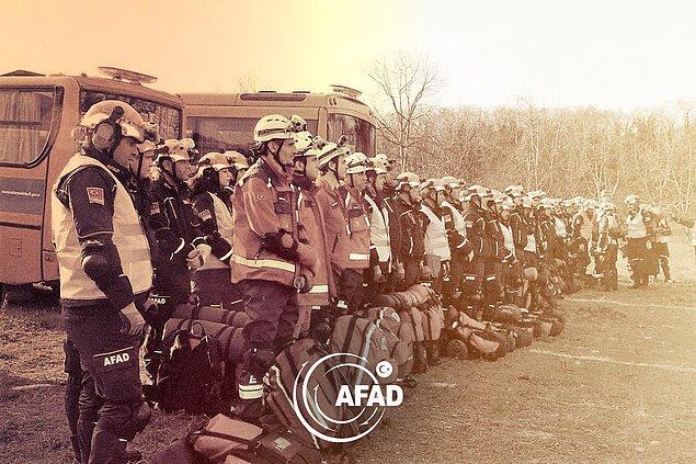 AFAD, afet anında ve öncesinde hayat kurtaracak aksiyonlarla ilgili insanlarda daha çok bilinç oluşturmayı amaçlıyor.