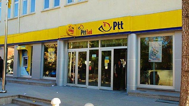 Kargoda unutulan ve alınmayan eşyaların satışı bugün hem Avrupa hem de Anadolu Yakasındaki PTT merkezlerinde gerçekleşti.