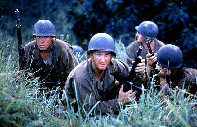 10. Thin red line- İnce Kırmızı Hat (1998) IMDb 8.2