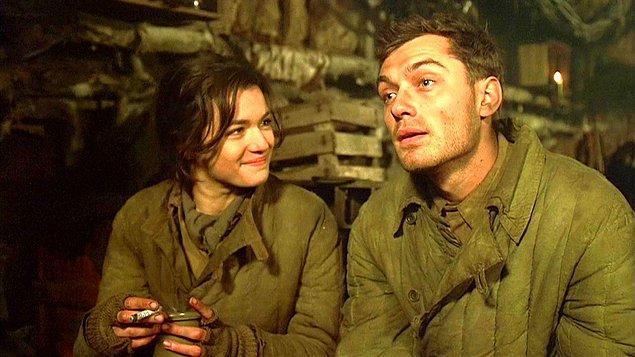 18. Enemy at the Gates- Kapıdaki Düşman (2001) IMDb 7.6