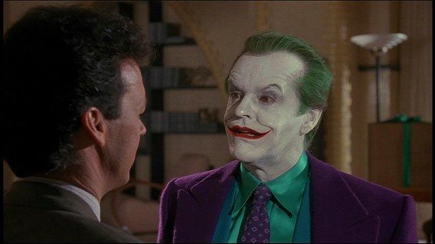 14. Kötülerin gülüşünü Joker sayesinde öğrendiğimiz Batman