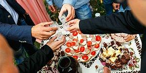10 русских традиций употребления горячительных напитков, которые сложно понять иностранцу