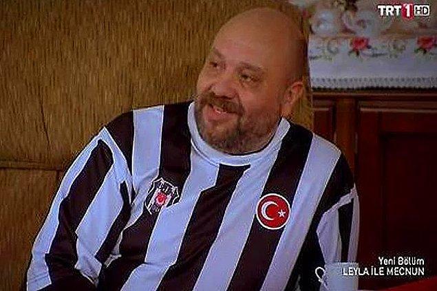 """17. """"İnsan nasıl unutur sevdiğini dede? Ben daha Beşiktaş'ın 92-93 sezonu kadrosunu bile unutmamışken, bu kızı nasıl unuturum?"""""""